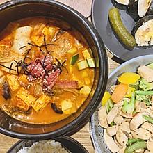 辣白菜豆腐煲