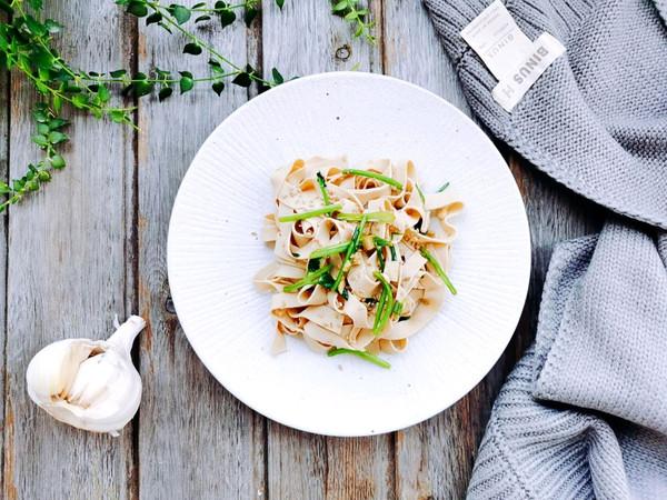 鸡汁麻油豆腐皮的做法