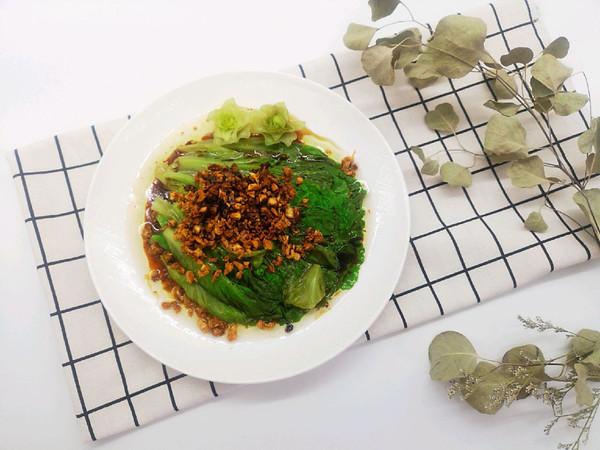 连蒜蓉都不会被放过的白灼生菜的做法