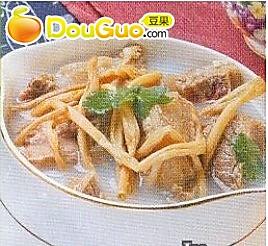 黄花菜炖牛腩的做法