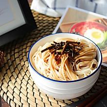 #夏日消暑,非它莫属#【葱油拌面】一碗老上海