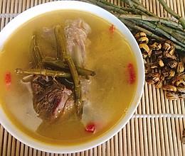 石斛鸭子汤的做法