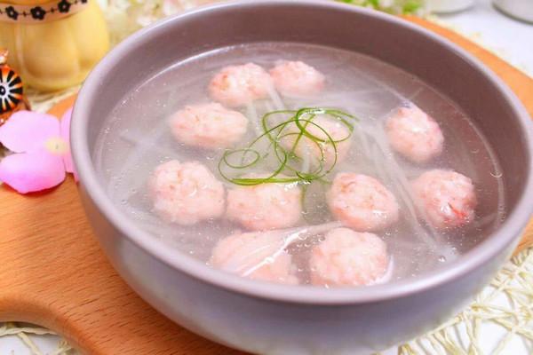 虾丸萝卜汤 宝宝健康食谱的做法