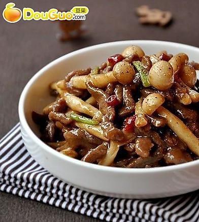 蚝汁海鲜菇炒牛柳的做法