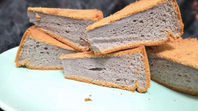 #做道懒人菜,轻松享假期#紫薯戚风8寸蛋糕的做法