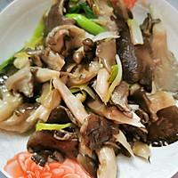 蒜苗炒蘑菇的做法图解6