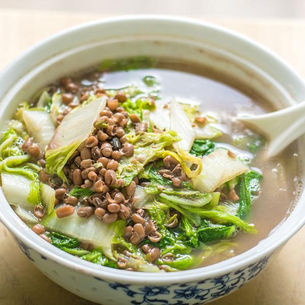小豆烩白菜的做法