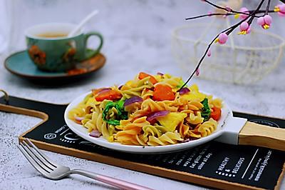 #精品菜谱挑战赛#鹅蛋时蔬炒意面