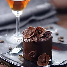 """让你的朋友们都会喊""""哇!""""的巧克力蛋糕"""