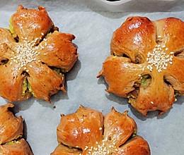 地瓜蓉葡萄干椰蓉樱花面包的做法