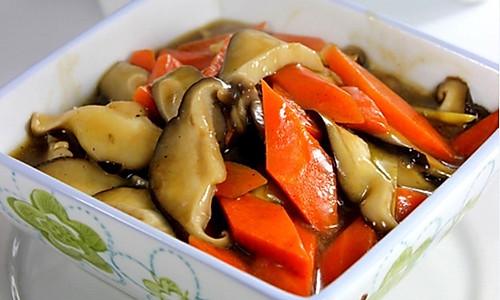 蚝香胡萝卜鲜菇片的做法