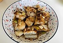 特简单又好吃的蒜蓉辣椒酱烤鳕鱼的做法