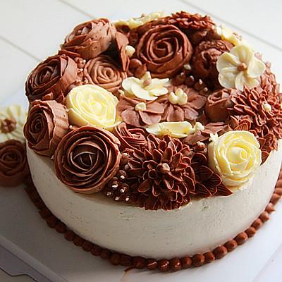 巧克力奶油霜裱花蛋糕
