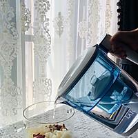趁新鲜银耳上市,做个冰糖雪梨银耳冻的做法图解2