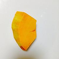 宝宝辅食蛋黄南瓜小馒头的做法图解1