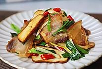 超下饭的青蒜炒咸肉的做法