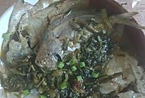 鲳鱼烧咸菜的做法
