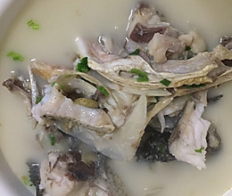 奶白胖头鱼汤的做法