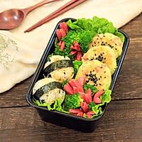 便当~饭团+土豆饼+八爪鱼红肠