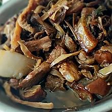 家常版梅干菜扣肉  霉干菜蒸肉
