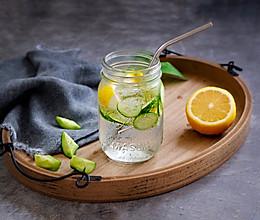 青瓜柠檬特饮的做法