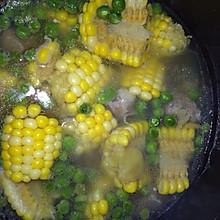 玉米青豆排骨汤