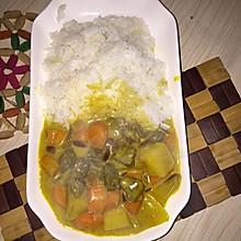 椰香咖喱牛肉饭