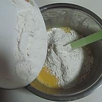 HOLLETKITY粉色双层翻糖蛋糕#九阳烘焙剧场#的做法图解4