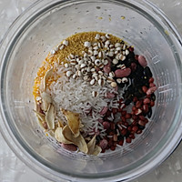 红豆杂粮粥的做法图解2