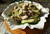 鲜蘑菇黄瓜炒肉片的做法