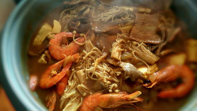 暖身暖胃的咖喱锅,同样适合减肥吃