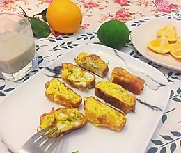 #还对方一个清爽的早餐# 橙子肉柠檬皮烘趴蛋的做法