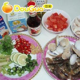 泰国冬荫功汤--不是用超市现成的调料做的噢