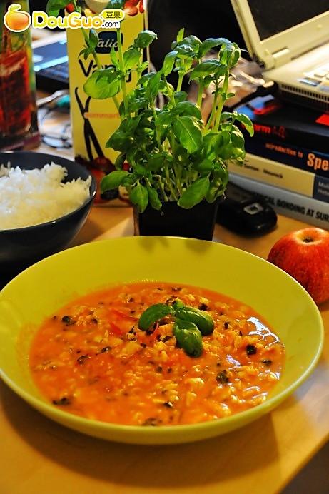 番茄罗勒鸡的做法
