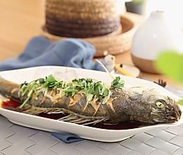 清蒸鲈鱼  宝宝健康食谱的做法