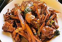姜丝炒鸭肉的做法