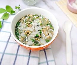 11M+口蘑面片汤(附菱形面片做法):宝宝辅食营养食谱菜谱的做法
