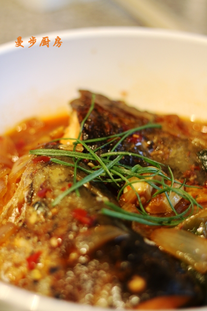 曼步厨房 - 鱼头煲