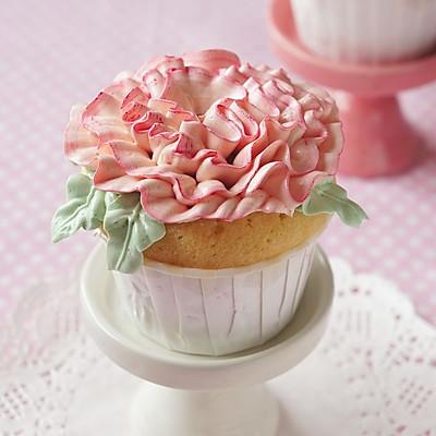 母亲节的杯子蛋糕(长帝行业首款3.5版电烤箱)