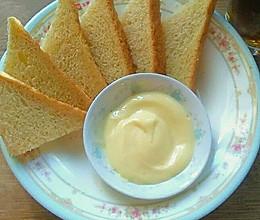 自制香甜沙拉酱的做法