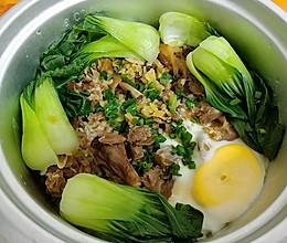 电饭锅版腊鸭腿煲仔饭的做法