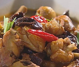 红蘑炖鸡腿的做法