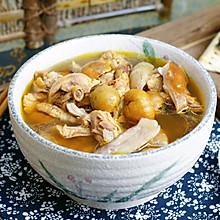 松茸菌板栗鸡汤