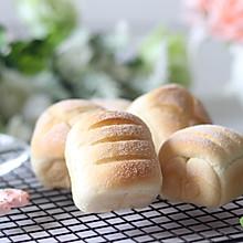 #硬核菜谱制作人# 无油酸奶软面包