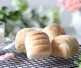 #硬核菜谱制作人# 无油酸奶软面包的做法