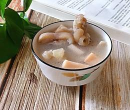 莲藕猪脚汤的做法