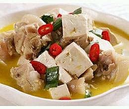 产后系列之豆腐香菇炖猪蹄的做法
