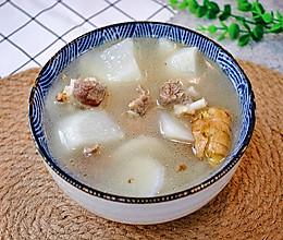 #相聚组个局#白萝卜排骨汤这么做,清甜不油腻的做法