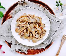 不用一滴油,同样可以做出外酥里嫩的酥炸袖珍菇的做法