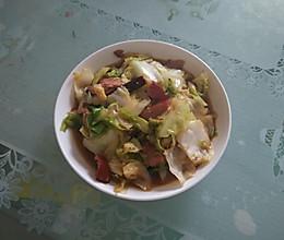 熏肉手撕包菜的做法